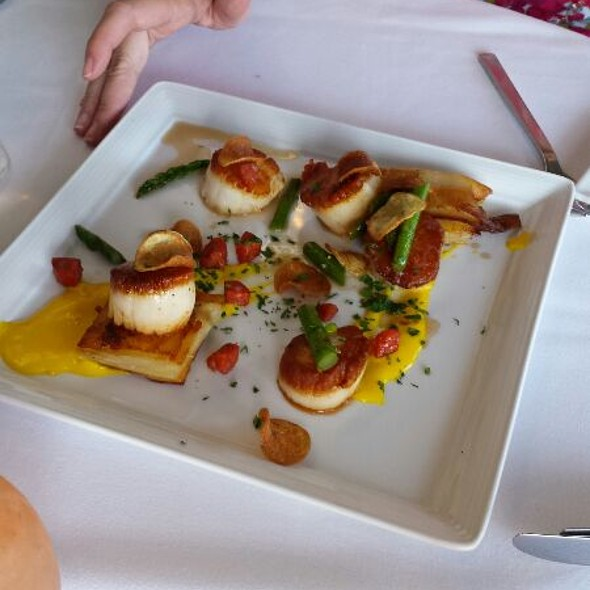 Scallops - Cafe Del Rey, Marina Del Rey, CA