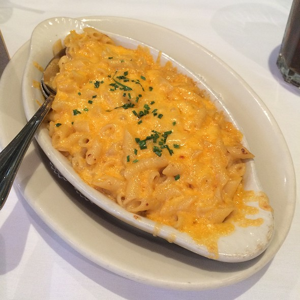 Macaroni - Bobby Van's Grill Times Square, New York, NY