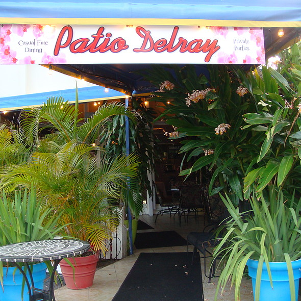 Lovely Tropical Enteranceway - Patio Delray, Delray Beach, FL