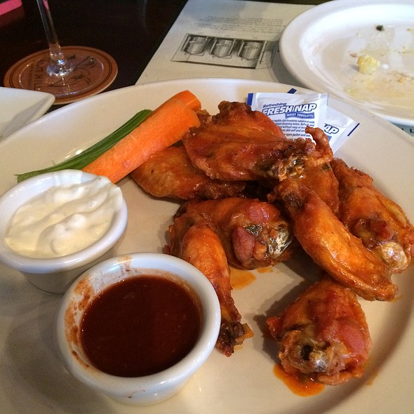 Buffalo Wings - Iron Hill Brewery - Media, Media, PA