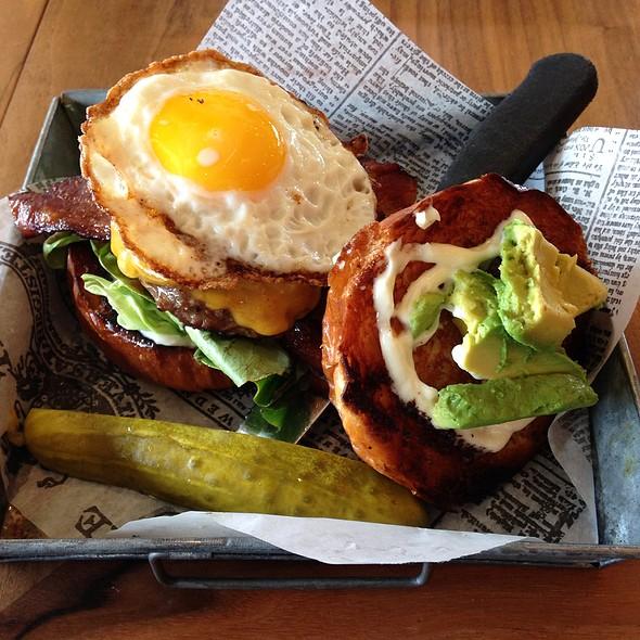Breakfast Burger - Plate 38, Pasadena, CA