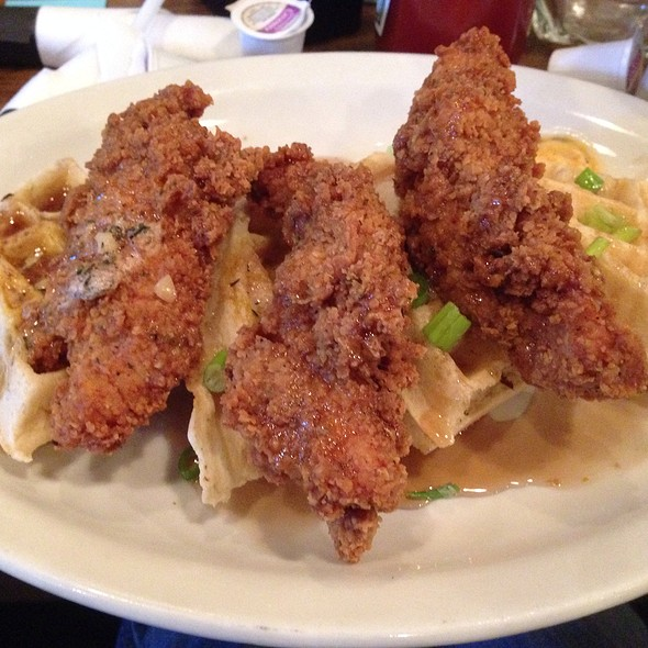 Chicken N'waffles - Dish on Market, Louisville, KY