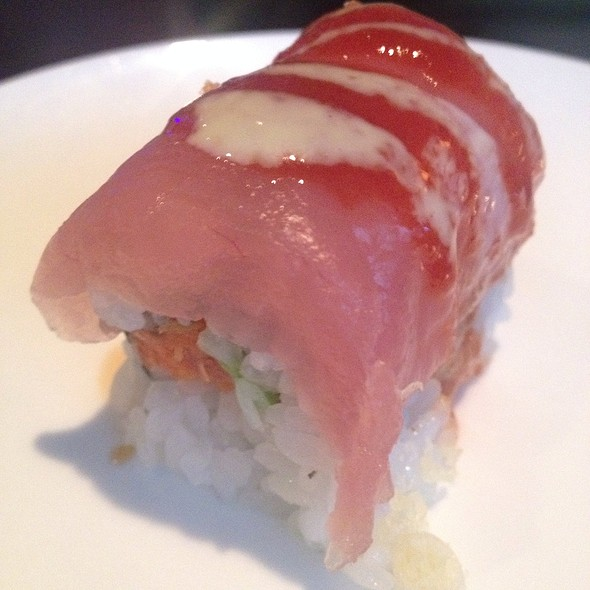 Lava Roll (Sushi) - Pacific Fusion Sushi & Thai, Ponte Vedra Beach, FL