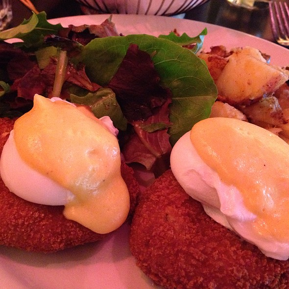 Egg Benedict Arnold - Hi-Life Restaurant & Lounge - Upper East Side, New York, NY