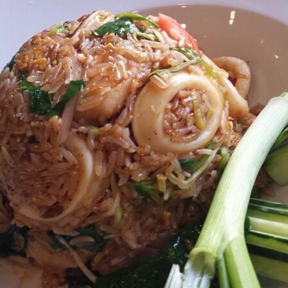Seafood Fried Rice - Soo Raa Thai - American CHIC, Toluca Lake, CA