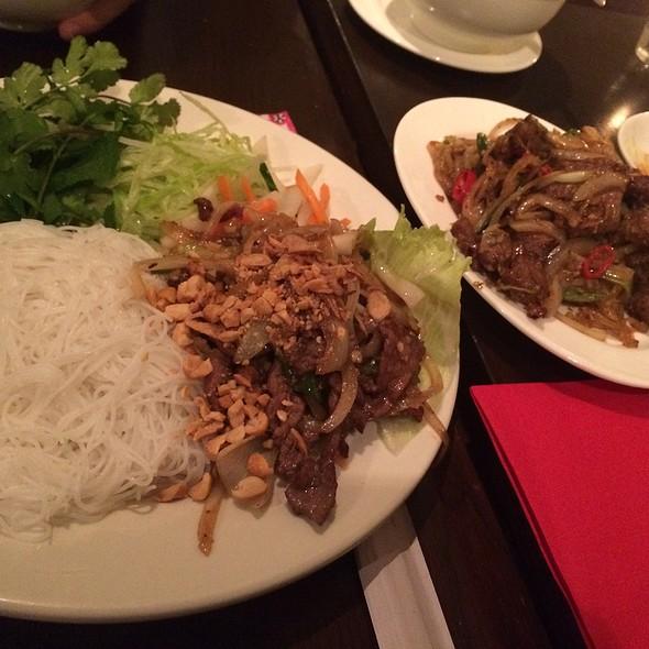 Beef And Papaya Salad - Com Viet, London