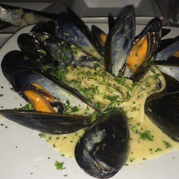 Mussels - Grillfish Miami Beach, Miami Beach, FL