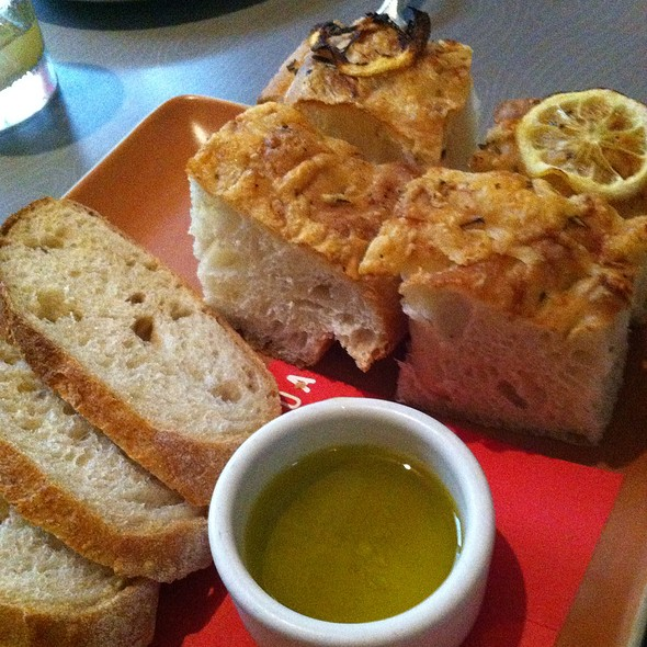 Focaccia And Sourdough Bread - Floataway Cafe, Atlanta, GA