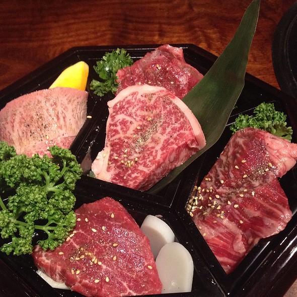 Yakiniku Beef Plate - Toraji Azabu-juban, Minato-ku, Tokyo