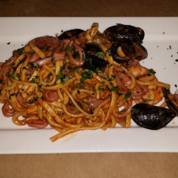 Spaghetti Chitarra Con Gamberi - Gnocco, New York, NY