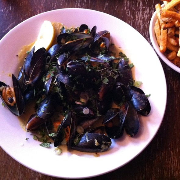 Moules Frites - The Peasant, London