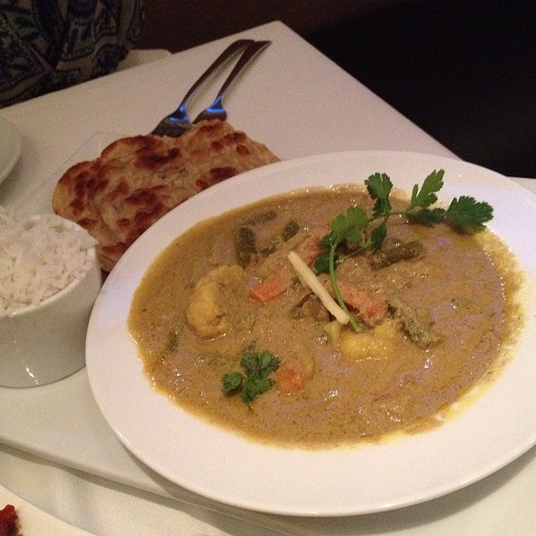 Navratan Korma - Cholanad Restaurant and Bar, Chapel Hill, NC