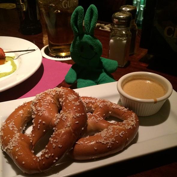 pretzel - St. Andrews, New York, NY
