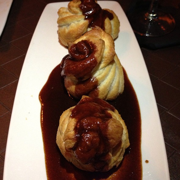 Mini Beef Wellingtons W/ Beef Reduction - Chef's Table at the Edgewater, Winter Garden, FL