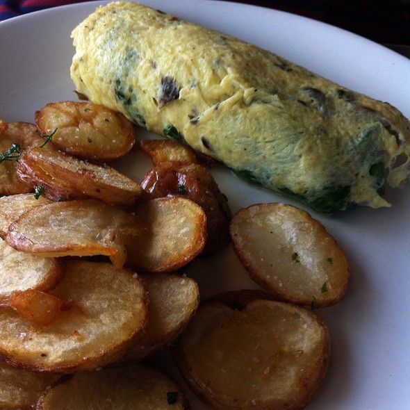 Farmer's Omelet - The Silverspoon Restaurant, Wayne, PA