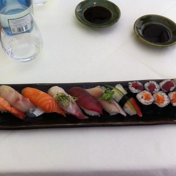 Sushi Mix - Restaurant TOSHI, München, BY