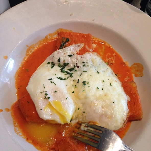 Rosemary Polenta With Over Easy Eggs - Grassroots (fka Deleece), Chicago, IL