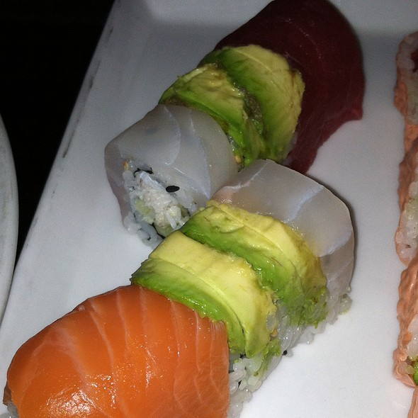 Inside outside roll, peeky toe crab inside, salmon, tuna, striped bass, avocado outside - Nectar - Philadelphia, Berwyn, PA