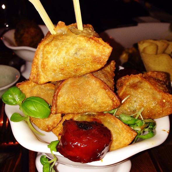 Crispy Chicken Dumpling - Bent, Toronto, ON