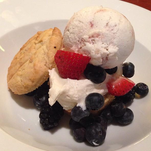 Berry Shortcake - Candle 79, New York, NY