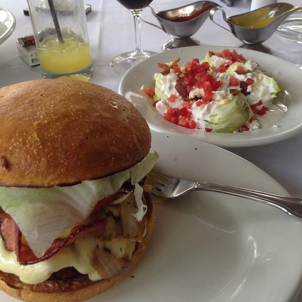 Beef Burger - Morton's The Steakhouse - Mexico City, Mexico City, CDMX