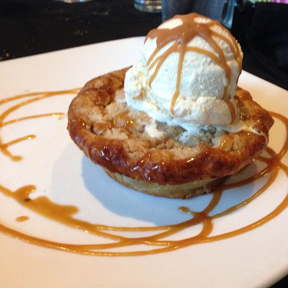 Crumbled Apple Pie - Cooper's Hawk Winery & Restaurant - Tampa, Tampa, FL