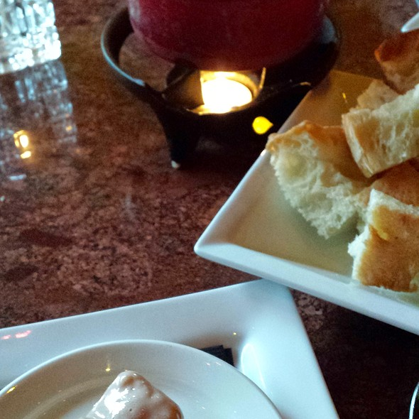 Cheese Fondue - Urban Fondue, Portland, OR