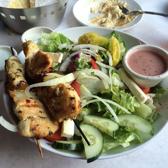 Greek Salad With Chicken - Andies Restaurant - Andersonville, Chicago, IL