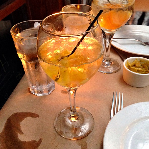 White Sangria - YEFSI, New York, NY