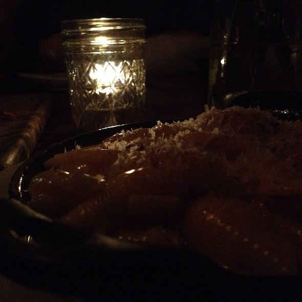Macaroni and Cheese - The Churchill, Los Angeles, CA