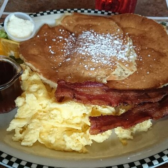 Black Bear Diner Menu - Federal Way, WA - Foodspotting