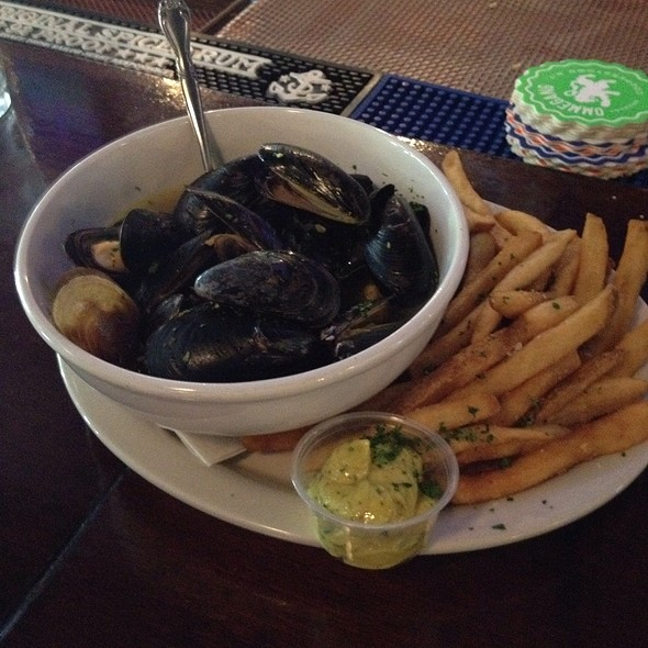 Mussels And Fries - Three Kings Public House - The Loop, St. Louis, MO