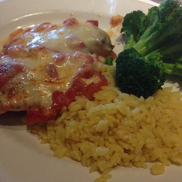 Tomato Mozzarella Chicken - Frank's Steaks - Jericho, Jericho, NY