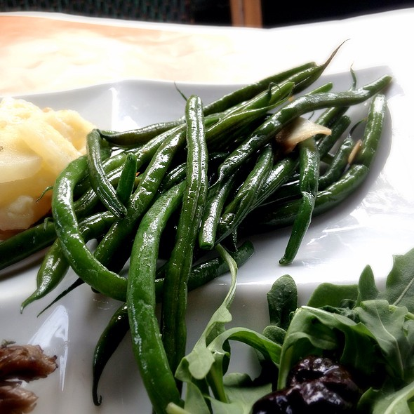 string beans - Cafe Fiorello, New York, NY