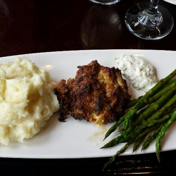 crabcake - Yardley Inn Restaurant and Bar, Yardley, PA