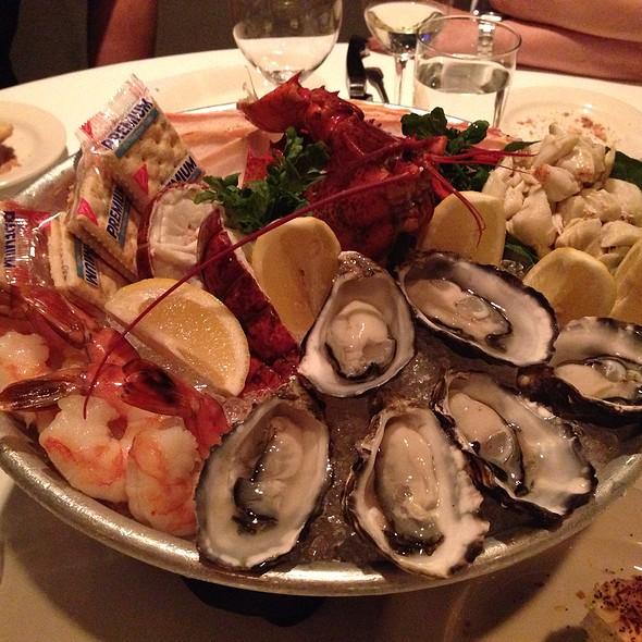 Seafood Platter - Morton's The Steakhouse - Hong Kong, Kowloon, Hong Kong