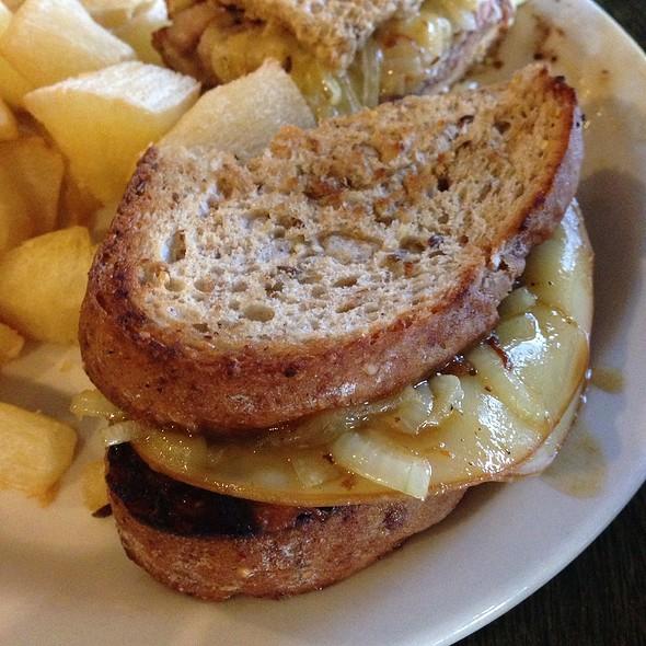 Beef Ribs Sandwich - Green Forest Restaurant, Penn Hills, PA