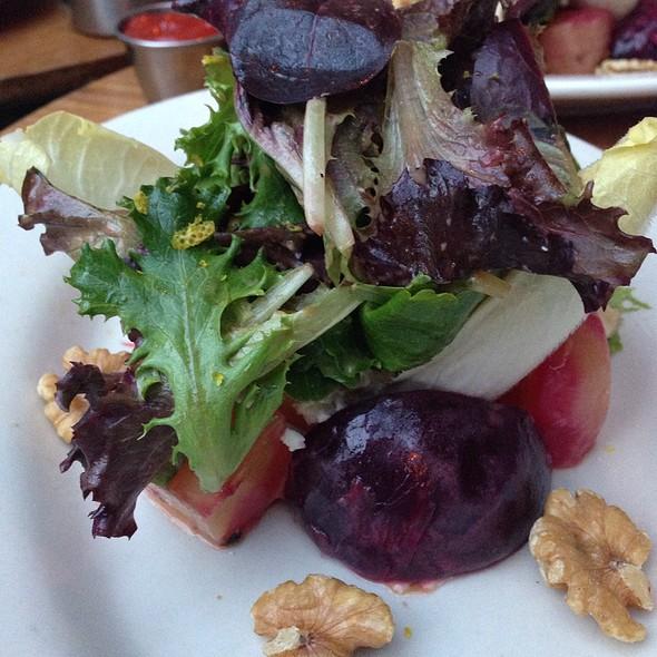 Beet Salad - Fada Bistro, Brooklyn, NY