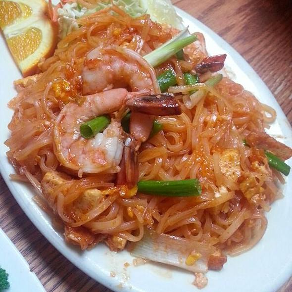Lotus Thai Food Piedmont