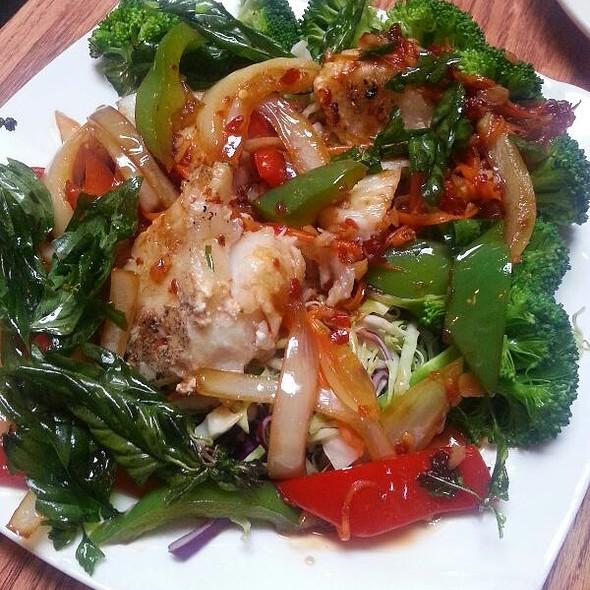 Lotus Thai Food Piedmont Ave