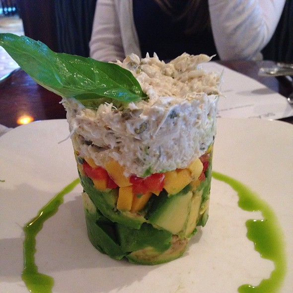 Crabmeat And Avocado Salad - Charley's Crab - Palm Beach, Palm Beach, FL