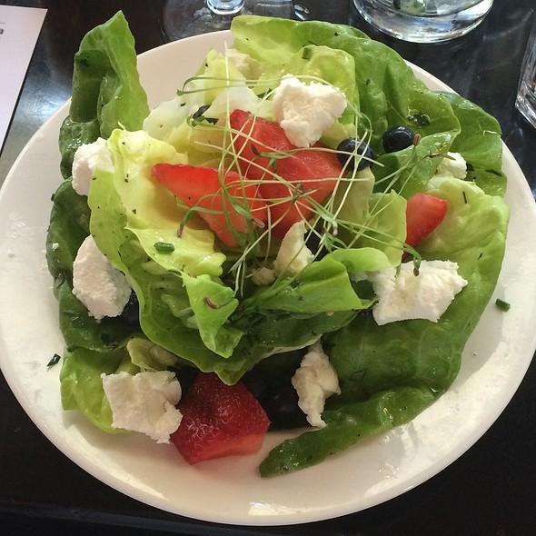Butter Lettuce Salad - DRAKE, Bend, OR