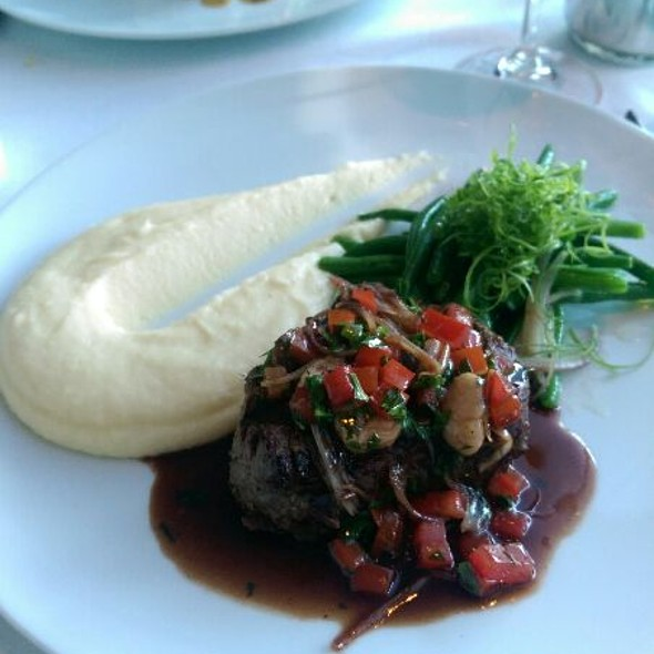 Filet Mignon - Scaramouche Restaurant, Toronto, ON