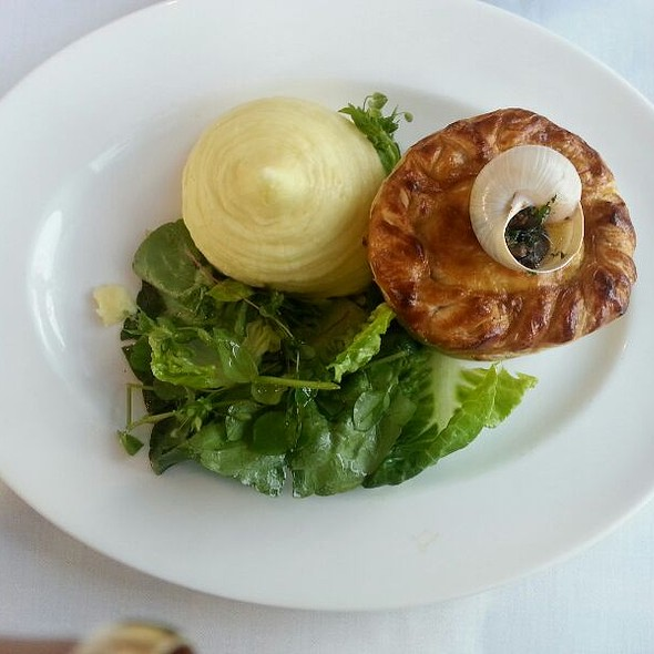 Wild Rabbit Pie With Snails And Mashed Potatoes - Roast, London