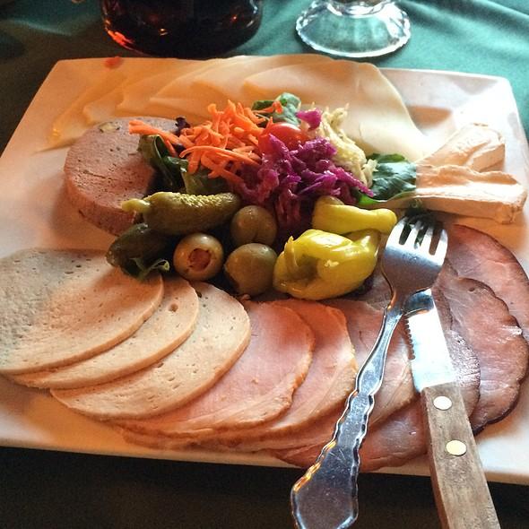 Festag Platte - Teske's Germania Restaurant, San Jose, CA