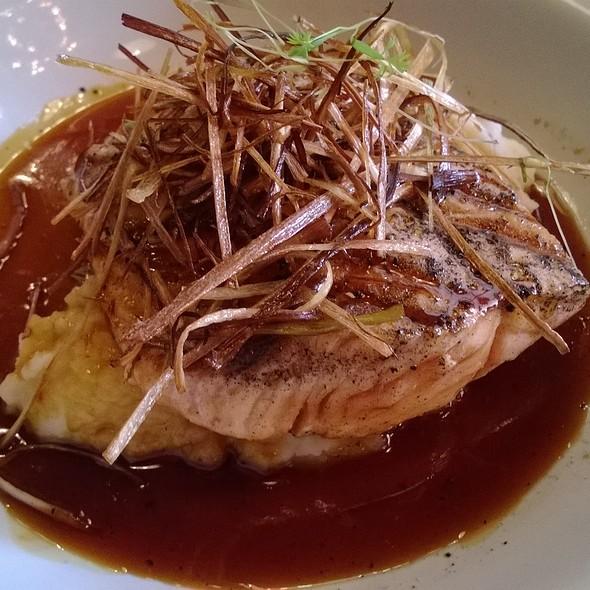 Salmon Al Miso - Santo Mar, Zapopan, JAL