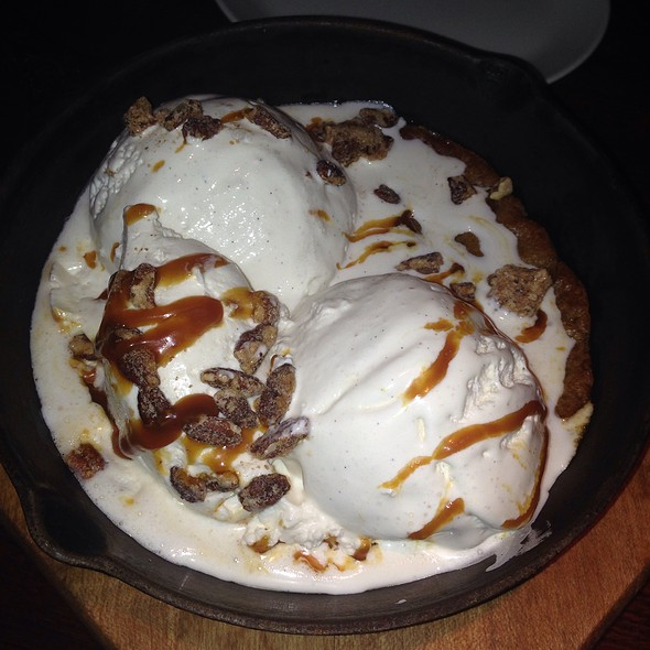 Chocolate Chip Cookie Sundae Skillet - Redstone American Grill - Marlton, Marlton, NJ