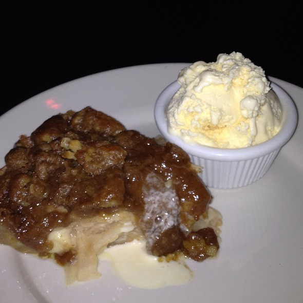 Apple Pie - Hi-Life Restaurant & Lounge - Upper East Side, New York, NY