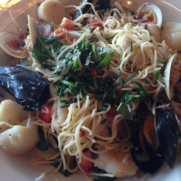 Shellfish Pasta - Water's Edge - Charleston, Mount Pleasant, SC
