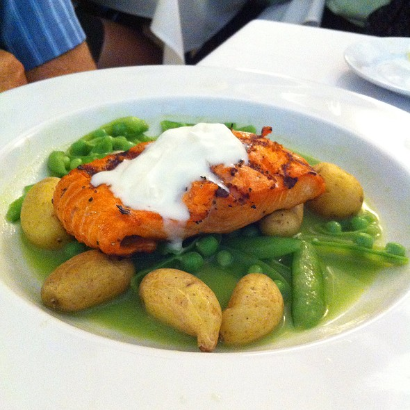 Copper River Salmon With Sugar Snap Peas - Richard's, Boise, ID
